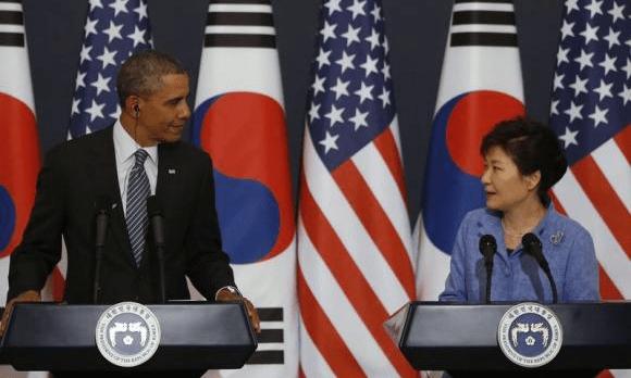 """Foto: Pbs. Los presidentes de Estados Unidos y Corea del Sur. El TLCAN y el KORUS """"están destruyendo al país"""", dijo Trump."""