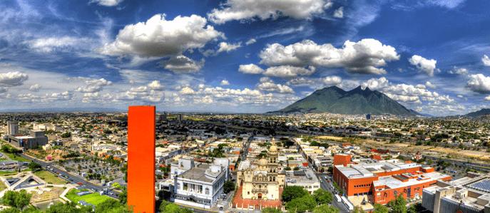 Foto: Cedim. Monterrey, una de las ciudades industriales de México. Reino Unido perdería su acceso a los beneficios que existen en los acuerdos comerciales de la Unión Europea con socios clave como México y Corea del Sur.