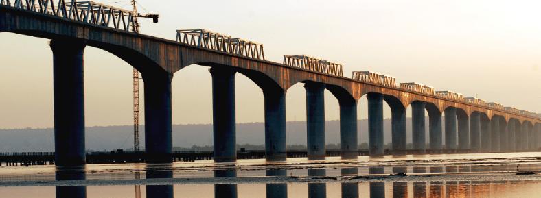 Foto: China Railway. En septiembre de 2015, se anunció que éste sería el primer proyecto de tren de alta velocidad con inversión china en Estados Unidos, el cual empezaría a construirse en septiembre de 2016.