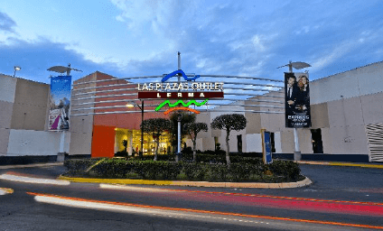 """dee276534d773 Plazas Outlet Lerma tiene dentro de su """"tenant mix"""" a tiendas de descuento  de las marcas Nike y Hugo Boss"""